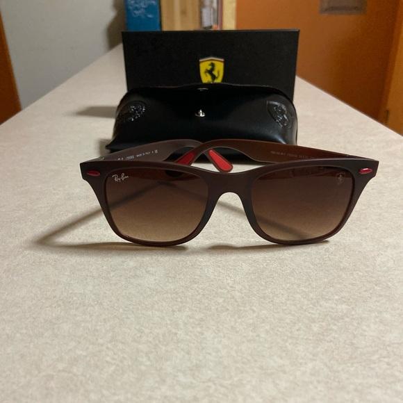 Ray Ban Ferrari Rb4195m Online